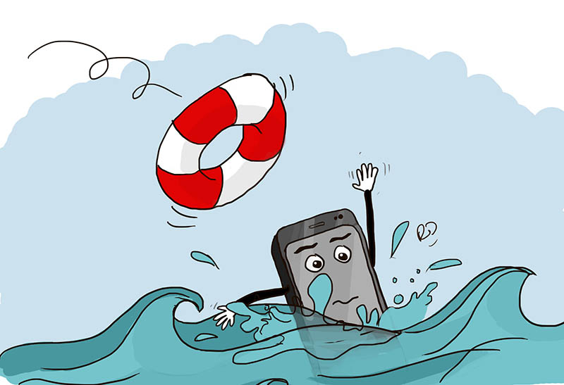 طريقة جديدة لحل مشكلة سقوط الهاتف في الماء (طريقة أخرى غير استعمال الأرز)